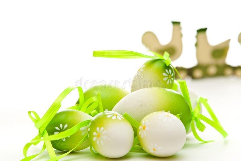 Huevos y pollo de Pascua imagen de archivo