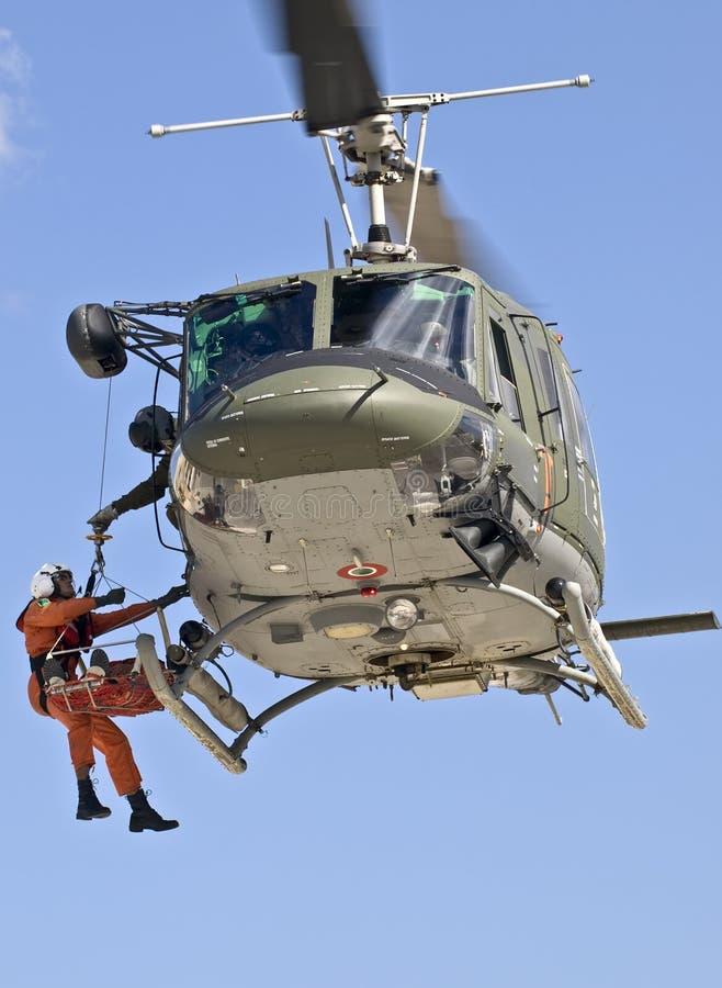 huey救伤直升机n uh1 图库摄影