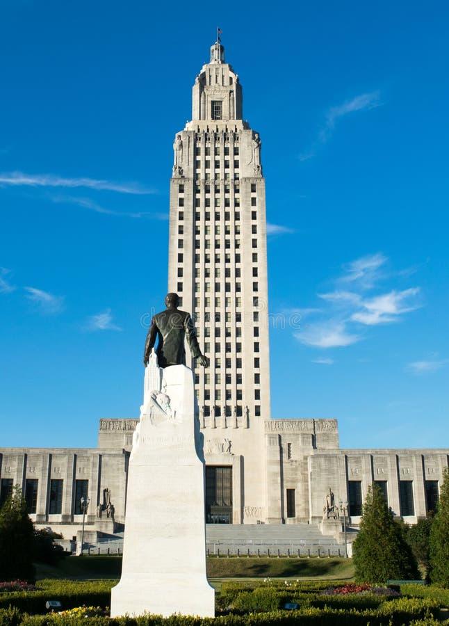 Huey P De largo y el edificio del capitolio del estado de Luisiana fotos de archivo libres de regalías