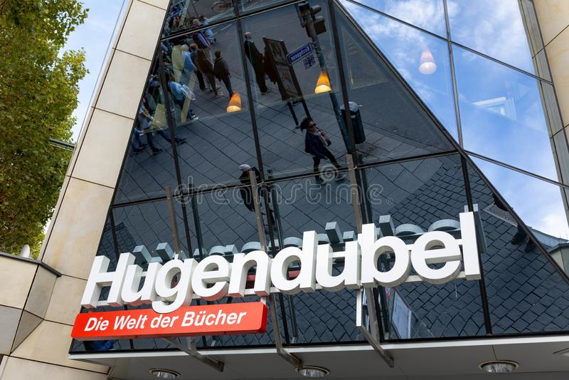 Hugendubel bookstore w Wiesbaden, Niemcy - zdjęcia stock