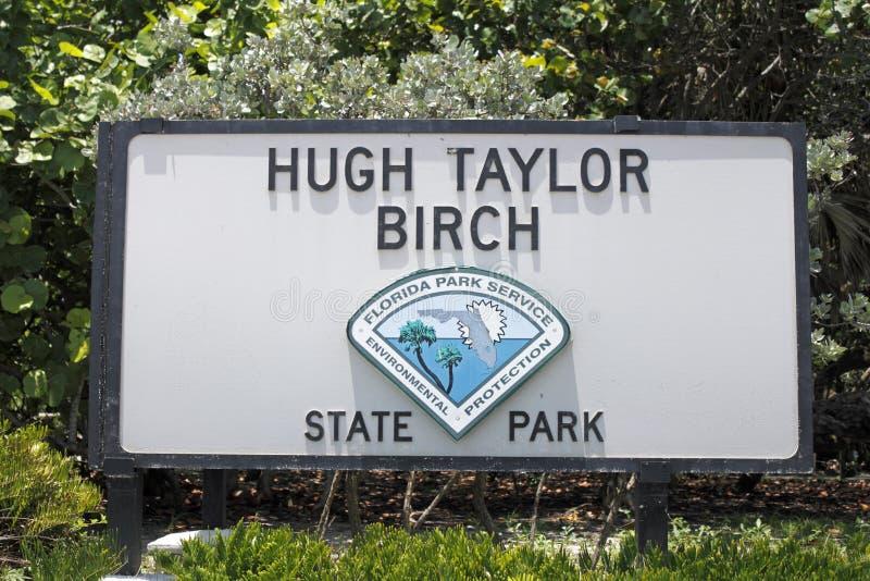 Hugh Taylor Birch State Park Sign royaltyfri foto