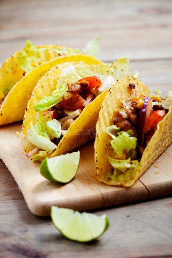 Huhn Tacos lizenzfreies stockfoto