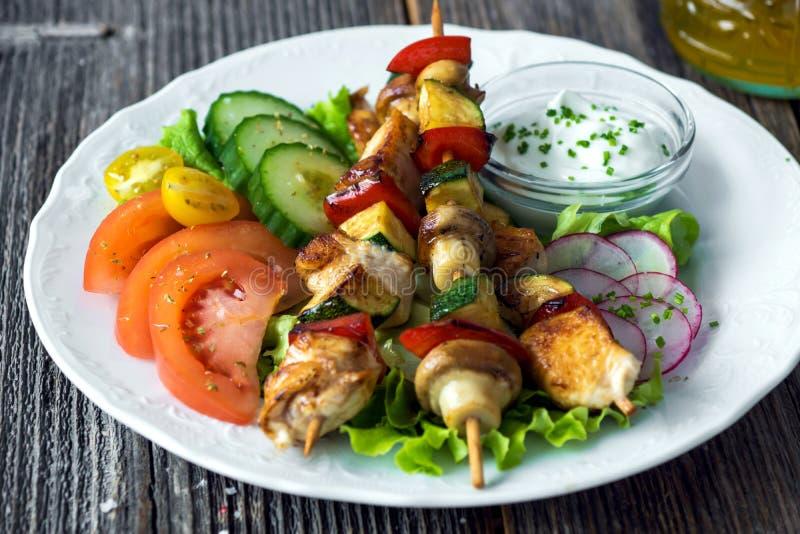 Huhn-und Gemüse-Aufsteckspindeln stockbild