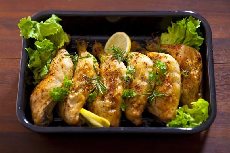 Huhnschenkel stockfotos