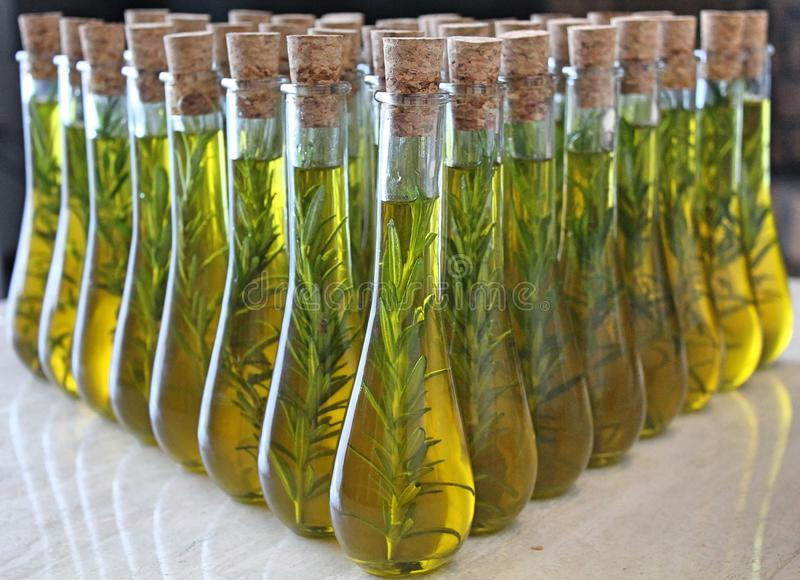Huile d'olive de Vierge images libres de droits