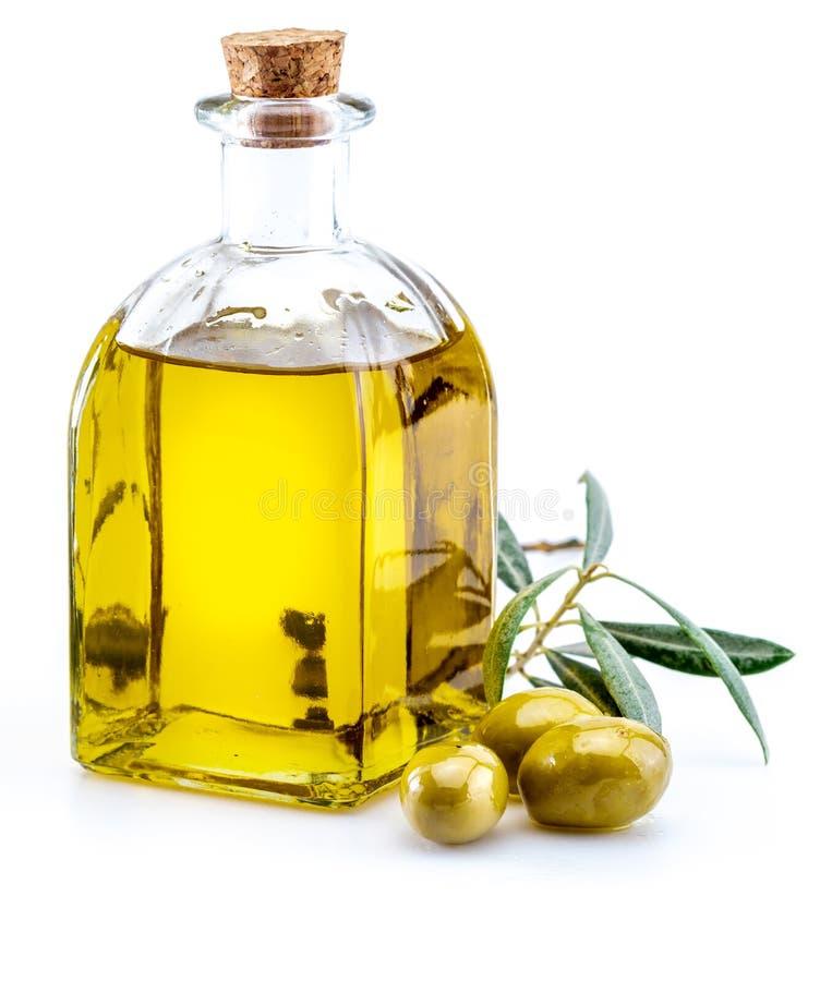 Huile d'olive vierge suppl?mentaire dans la bouteille en verre foreground image libre de droits
