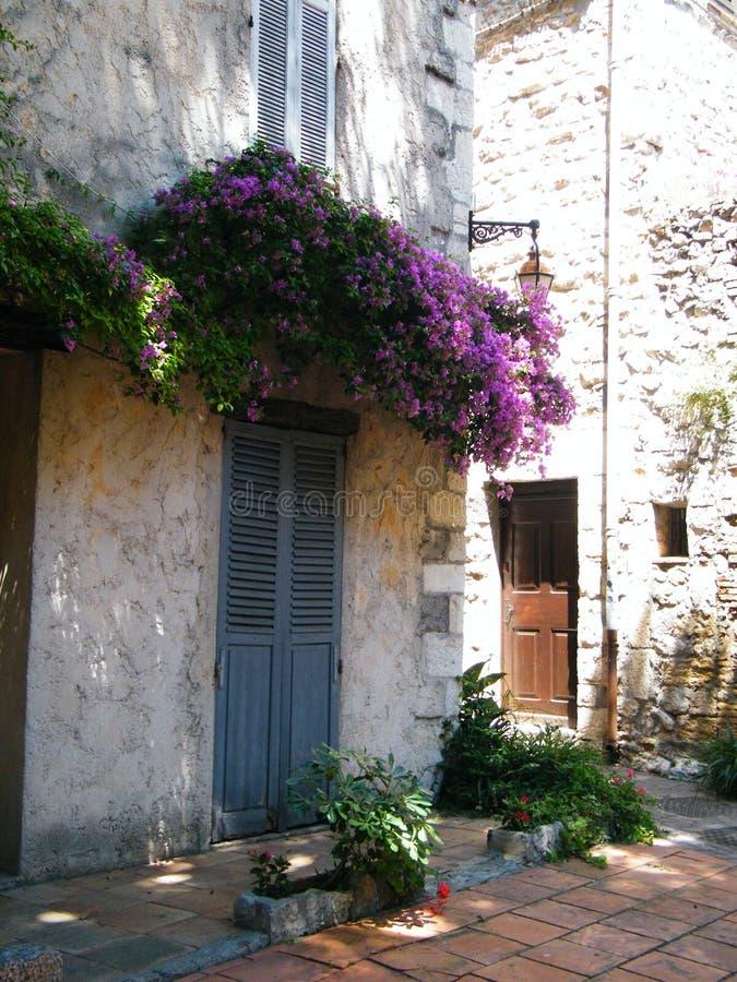 Huis in Antibes stock afbeeldingen