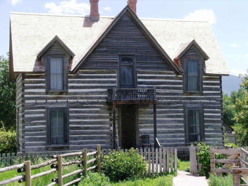 Huis bij het Museum van de Rotsachtige Bergen stock foto