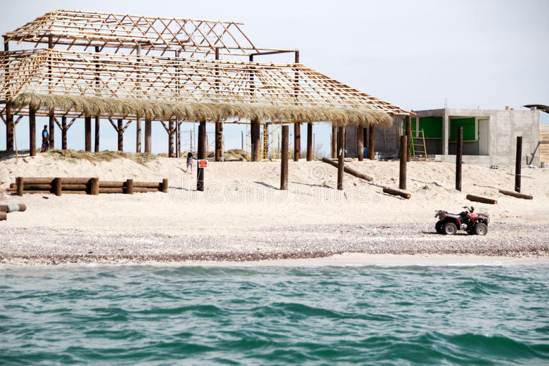 Huis in bouw bij het strand royalty-vrije stock fotografie