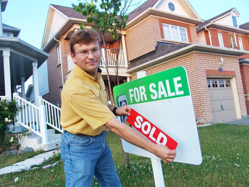 Huis dat door Eigenaar wordt verkocht stock afbeeldingen