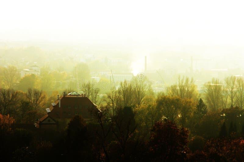 Huis in de Mist stock fotografie