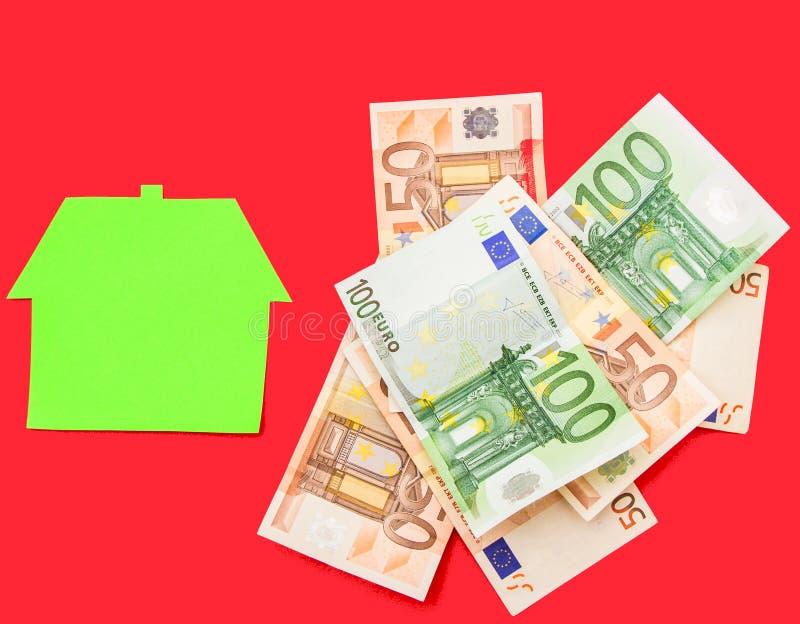 Huis en euro royalty-vrije stock afbeeldingen