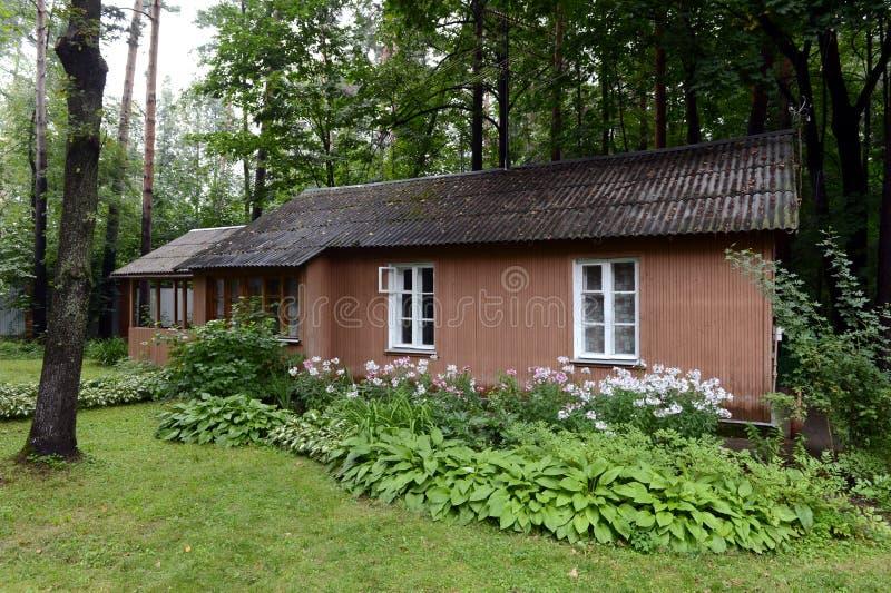 Huis op het grondgebied van het Museum van Nobel-laureaat Boris Pasternak in Peredelkino stock foto