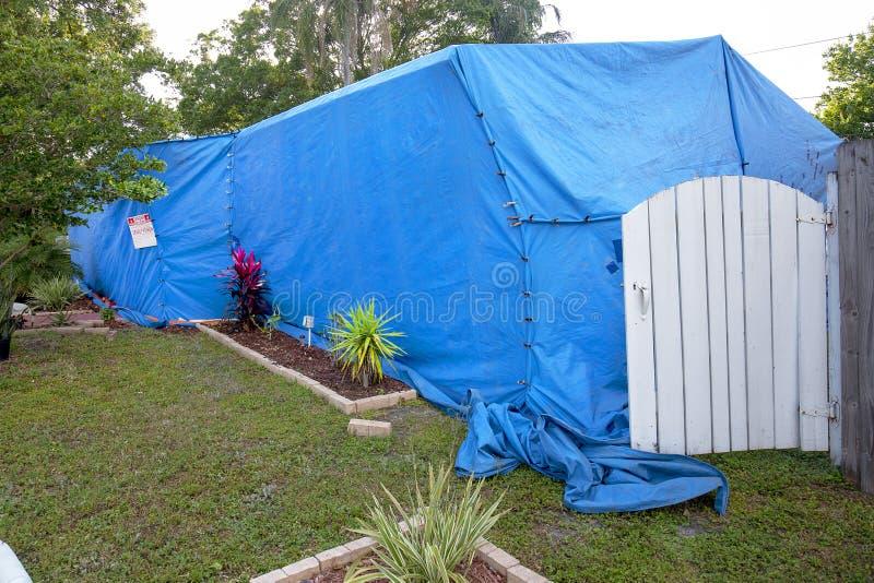 Huis Tenting/Structurele Beroking royalty-vrije stock foto