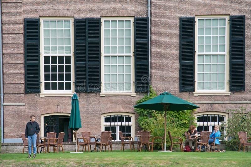 Huis Verwolde met terras, Nederland royalty-vrije stock fotografie
