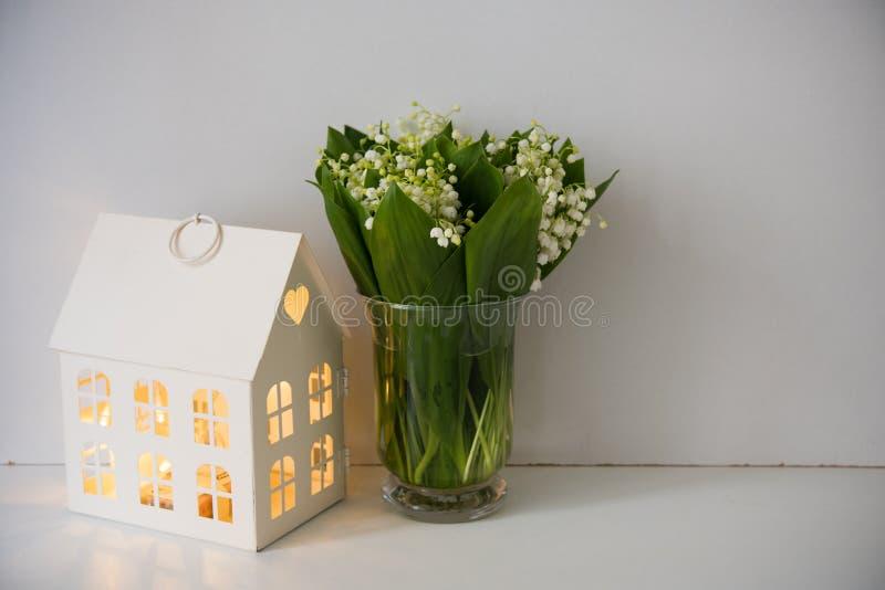 Huisdecoratie, lelietje-van-dalen royalty-vrije stock foto