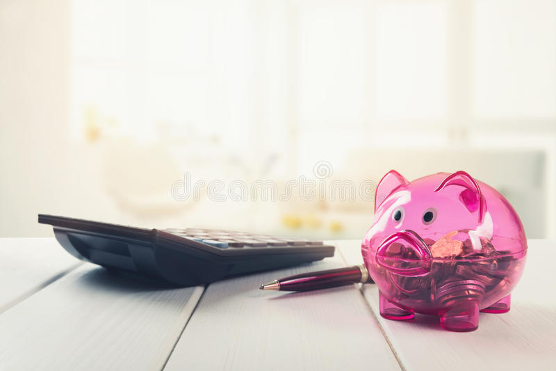 Huishoudenbesparingen - planningsfinanciën en begroting stock foto