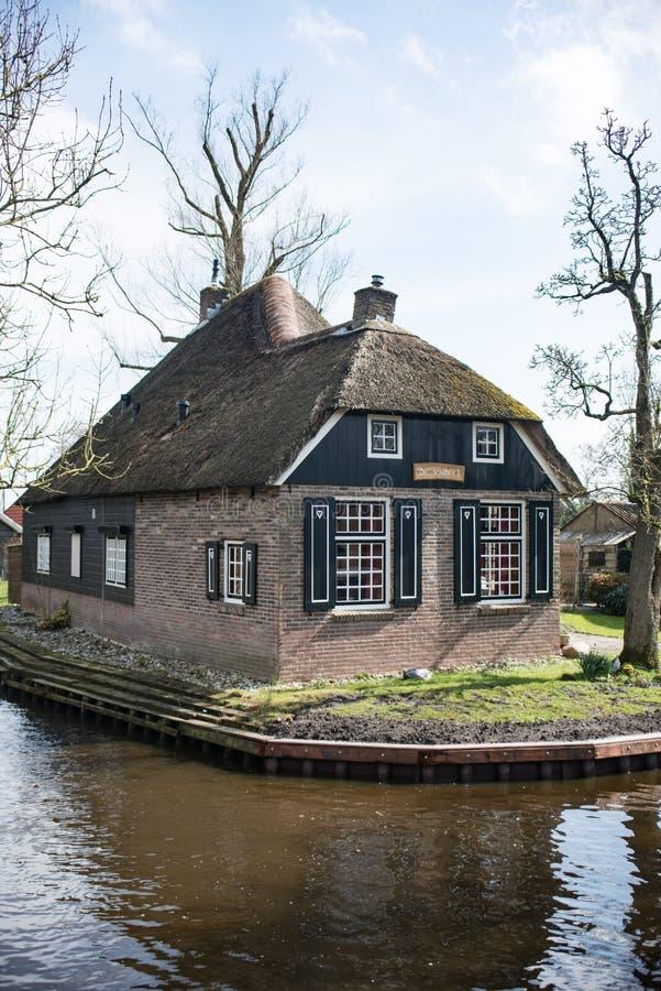 Huisje Giethoorn fotos de archivo