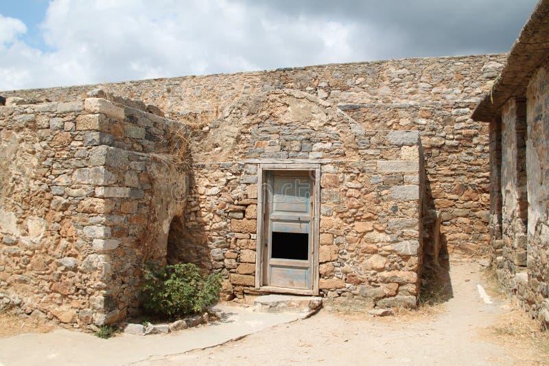 Huisruïnes, Spinalonga-de Vesting van de Lepralijderkolonie, Elounda, Kreta royalty-vrije stock fotografie
