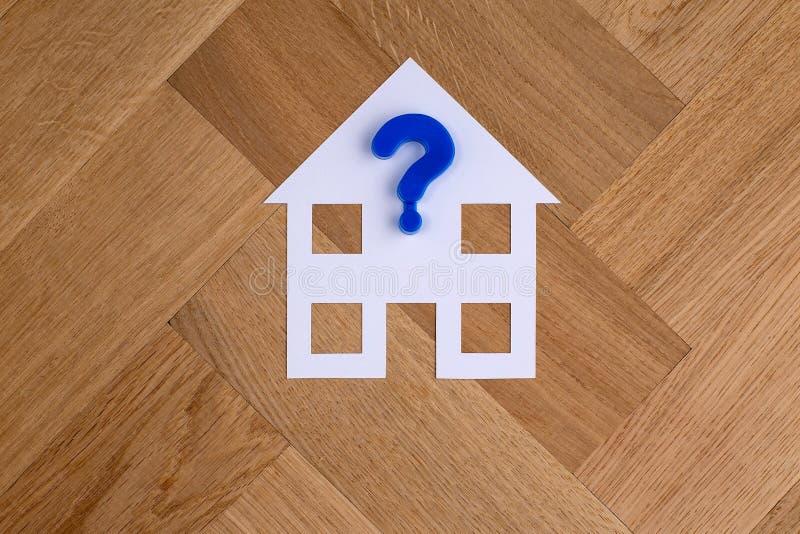 Huissymbool met vraagteken stock afbeeldingen
