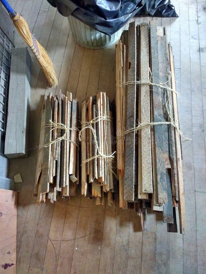 Huisvernieuwing, DIY, Kleine Bundels van Lat en Pleisterlatjes, Huis Reno Projects stock foto's