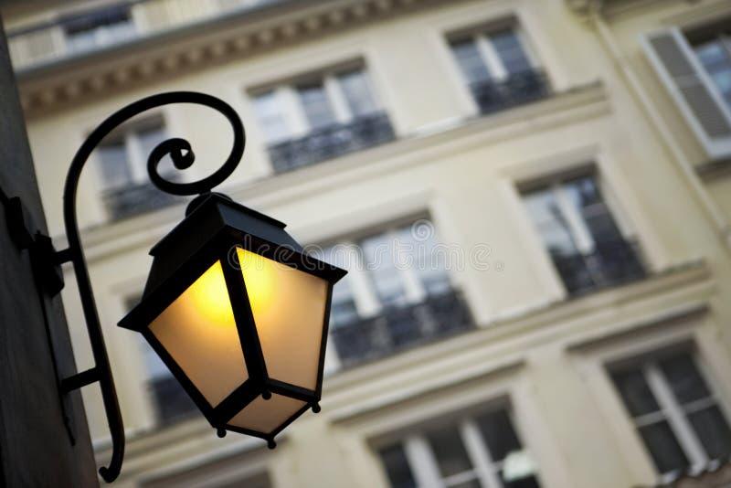 Huisvesting in Parijs royalty-vrije stock afbeelding