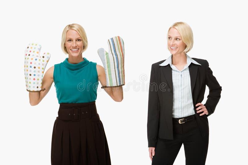 Huisvrouw en onderneemster stock foto's