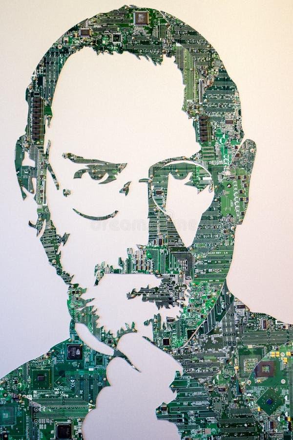 HUISVUILmuseum ` MU-MU `, RUSLAND - OKTOBER 2016: Steve Jobs van elektronische raad royalty-vrije stock fotografie