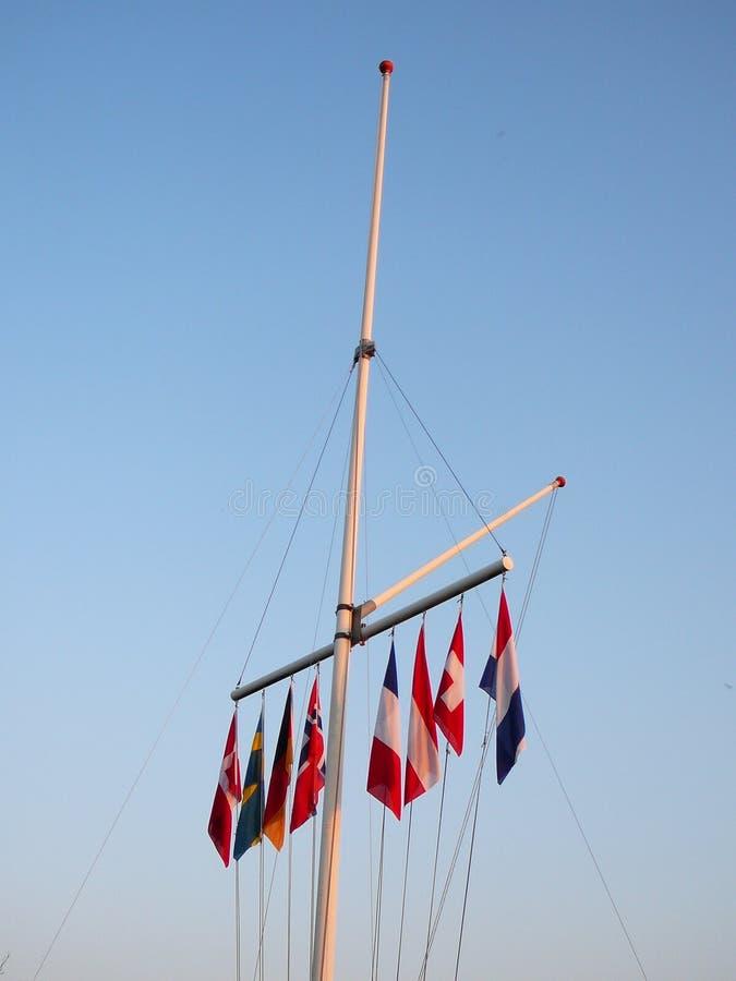 Huit drapeaux de nations images libres de droits
