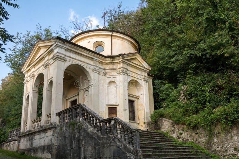 Huitième chapelle chez Sacro Monte di Varese l'Italie photographie stock libre de droits