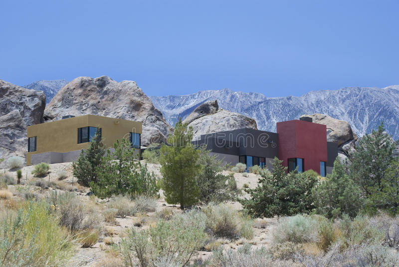 Download Huizen in de Bergen stock afbeelding. Afbeelding bestaande uit woestijn - 10783549