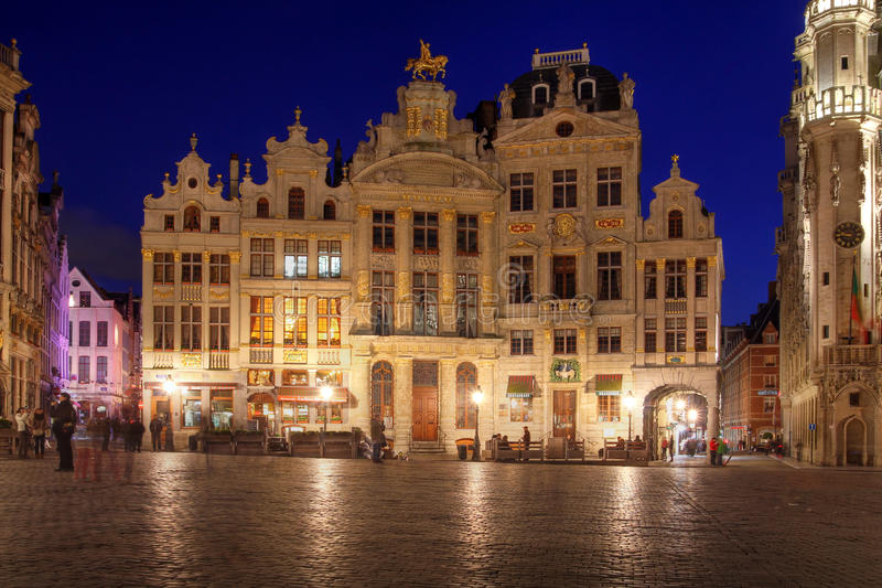 Huizen in Grote Plaats, Brussel, België stock afbeeldingen