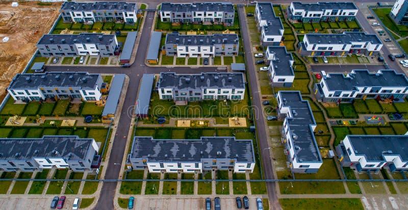 huizen luchtmening stock afbeelding