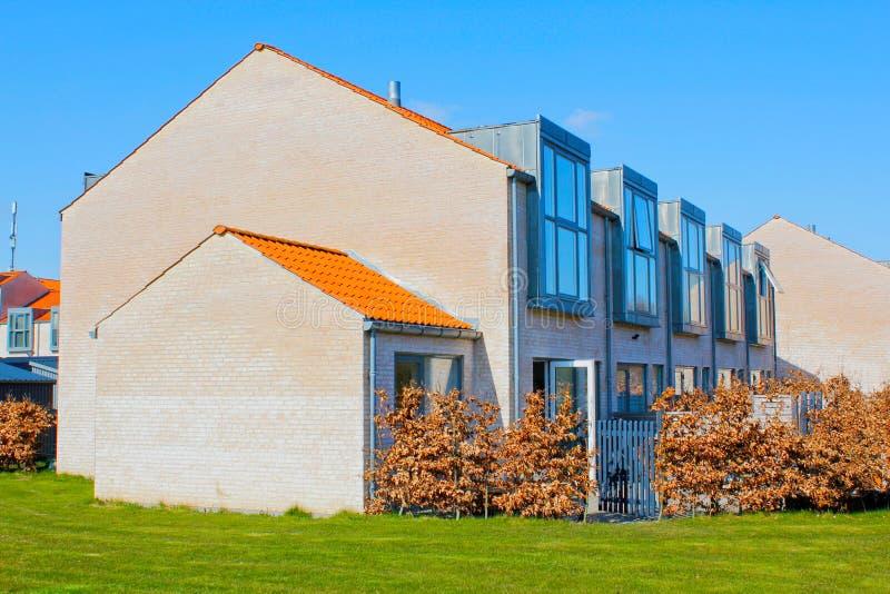 Huizen op een rij royalty-vrije stock foto's