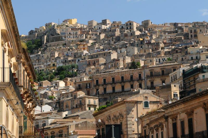 Huizen in Sicilië royalty-vrije stock afbeeldingen