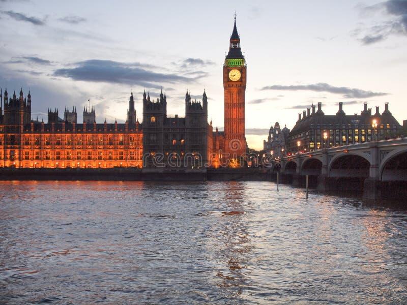 Download Huizen van het Parlement stock foto. Afbeelding bestaande uit groot - 39114834