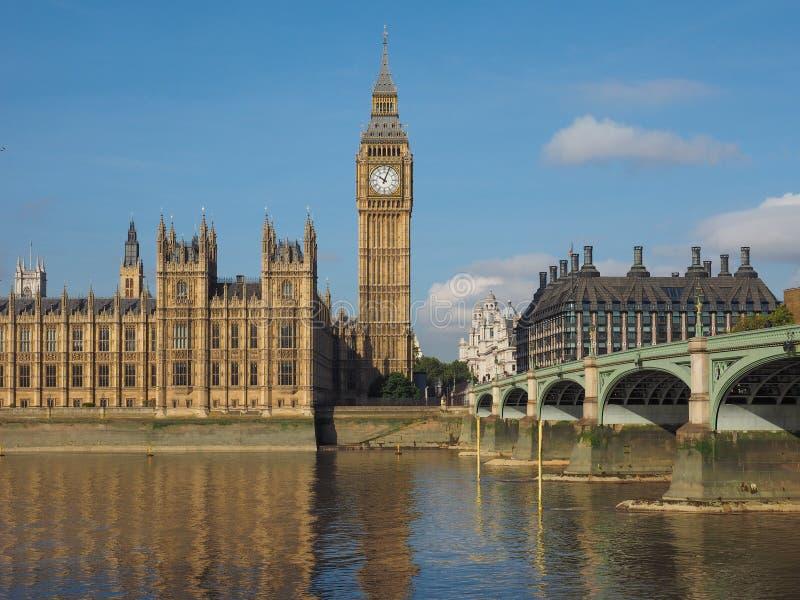 Huizen van het Parlement in Londen stock afbeeldingen