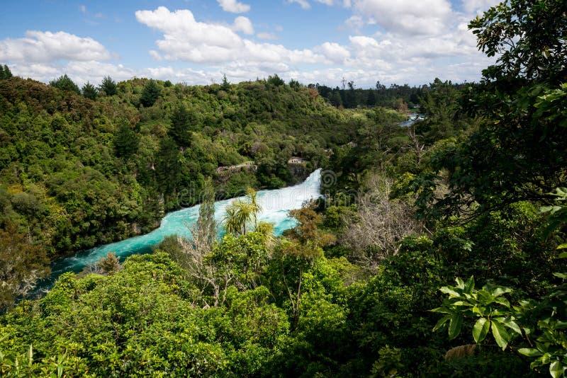 Huka看法在从距离的Wiakato河落 库存照片