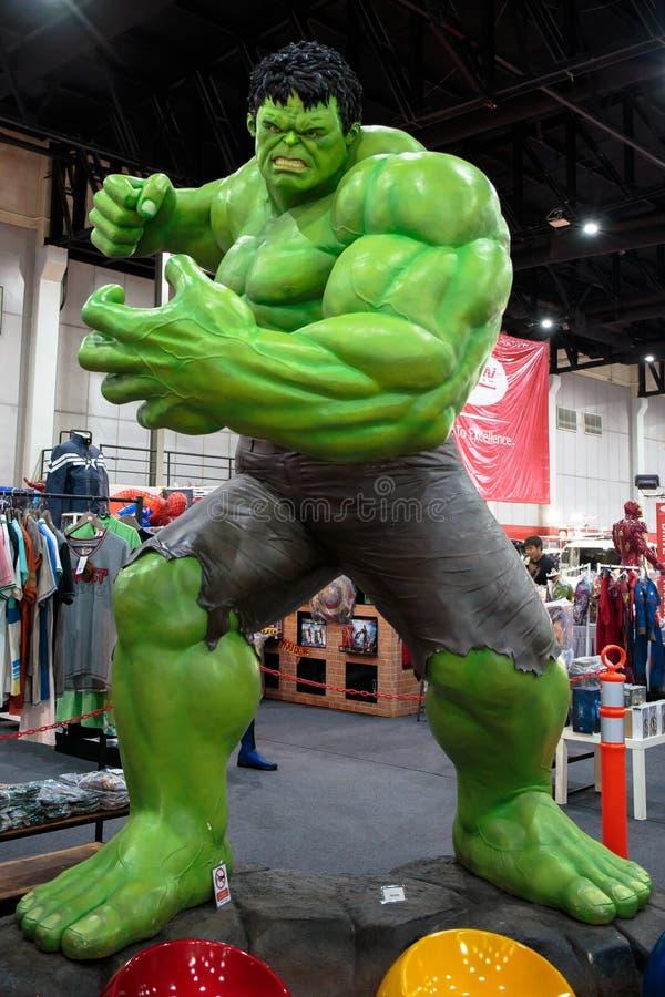 Hulk, si meraviglia gli eroi eccellenti corrisponde a promuove il film a Bangkok, Tailandia fotografia stock libera da diritti