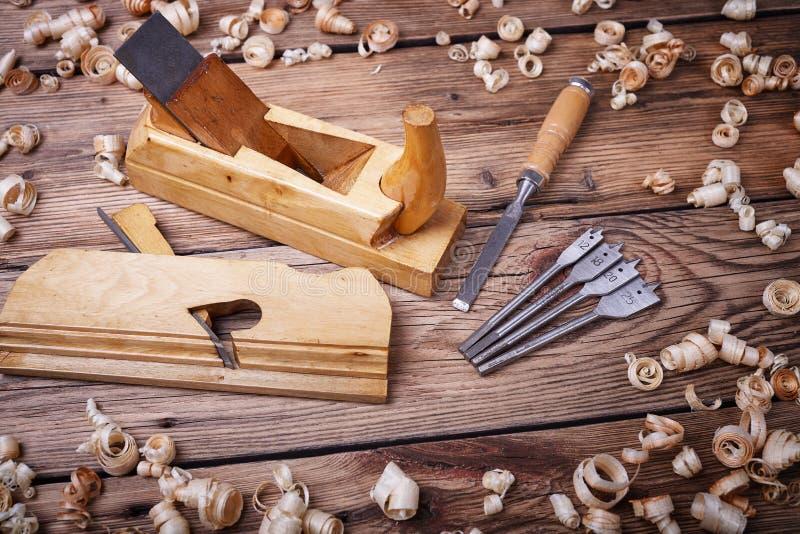 Hulpmiddelen voor houtbewerking stock afbeeldingen