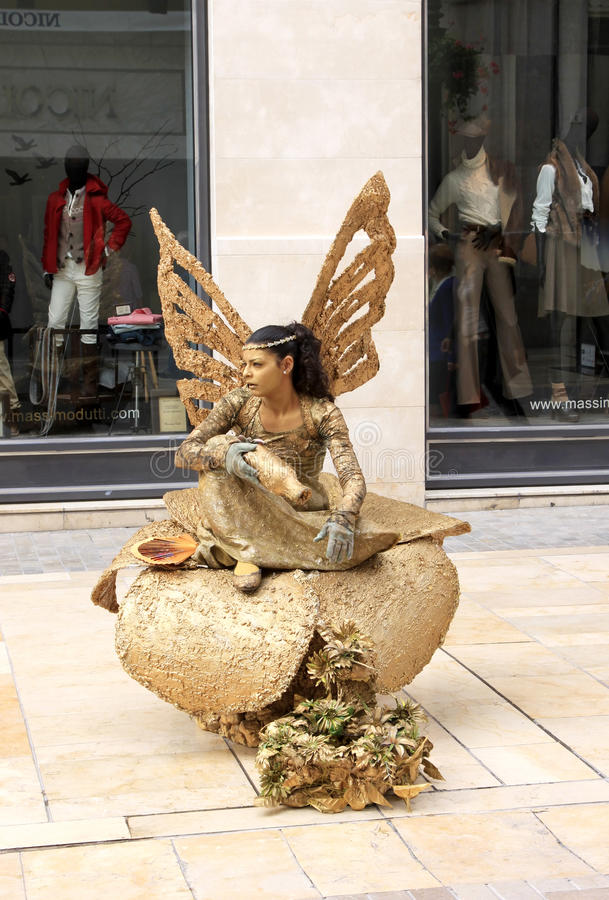 Download Human Statue In Shopping Street, Malaga In Spain Editorial Stock Image - Image: 23611719