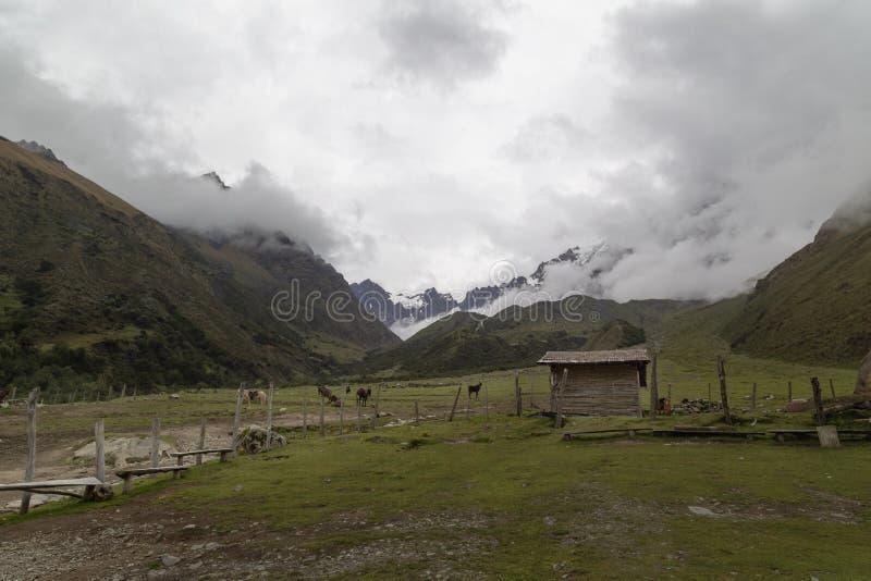 Humantaymeer bij Salkantay-trek, Peru, in de Cordillera Vilcabamba, Cusco wordt gevestigd die royalty-vrije stock afbeelding