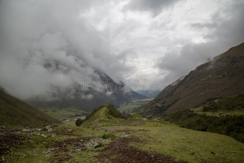 Humantaymeer bij Salkantay-trek, Peru, in de Cordillera Vilcabamba, Cusco wordt gevestigd die royalty-vrije stock foto