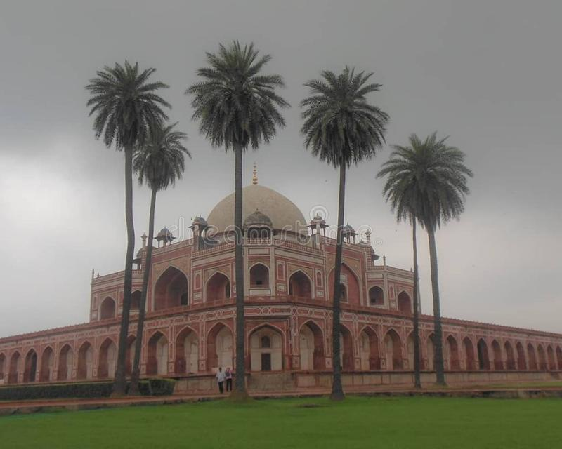 Humayun Tomb in Delhi India with coconut trees, Delhi Tourism, Delhi Darshan, Delhi Old Architecture stock photo