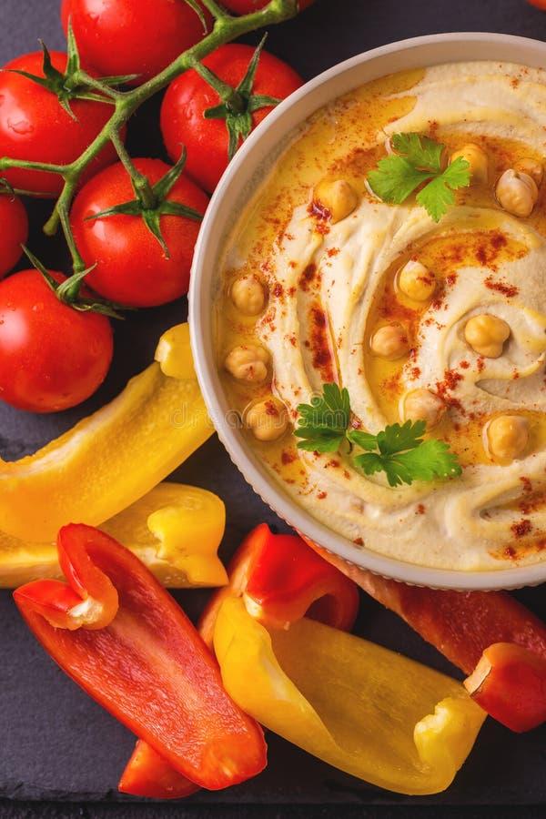 Hummus и нут Еврейская кухня Взгляд сверху стоковое изображение