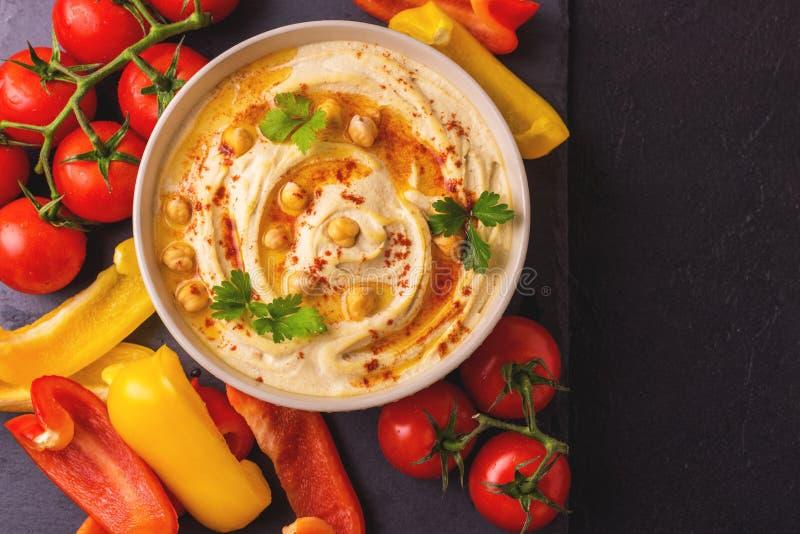 Hummus и нут Еврейская кухня Взгляд сверху стоковая фотография
