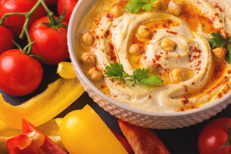 Hummus и нут Еврейская кухня Взгляд сверху стоковые изображения