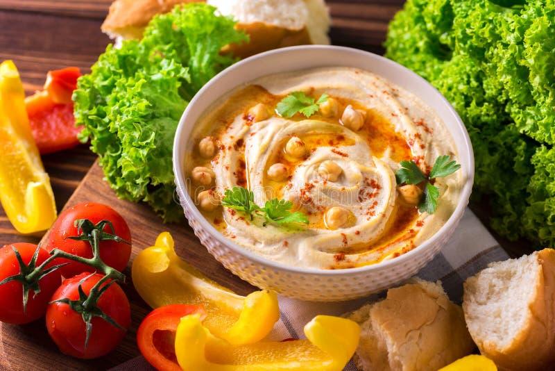 Hummus и нут Еврейская кухня Взгляд сверху стоковые изображения rf