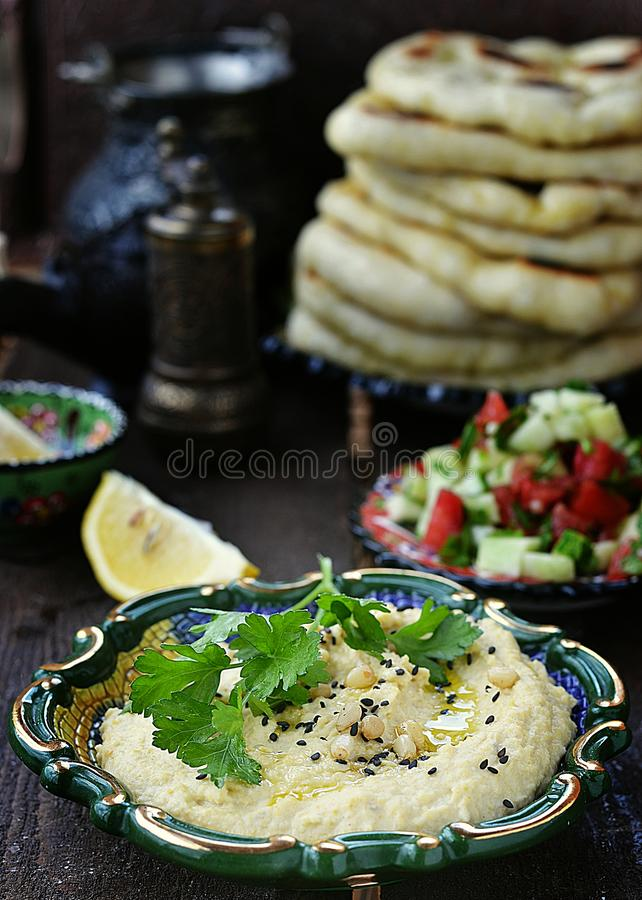 Hummus fotografering för bildbyråer