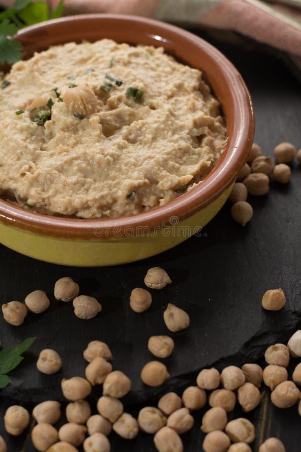 Hummus, codzienni posiłki w Izrael zrobił od chickpeas i ingredi zdjęcia royalty free